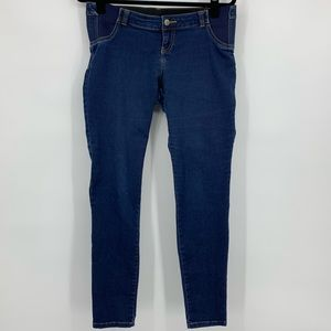 Liz Lange maternity Jeans dark wash straight leg